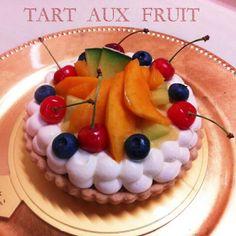 季節のフルーツ乗せタルト