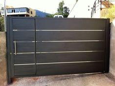 Puerta Garaje Batiente                                                       … Front Gate Design, Door Design, Main Gate, Front Gates, Fence Gate, Garden Gates, Home Deco, Garage Doors, Driveway Gate