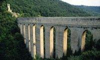 Uomo si lancia dal Ponte delle torri, carabinieri e vvff sul posto