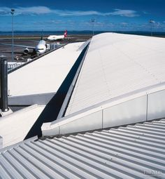 Well-covered, Auckland Airport - V-Rib Auckland, Cladding, New Zealand, Airplane View, Commercial, Wellness, Cover, Travel, Viajes