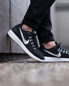 unstablefragments:  Nike Lunar TempoBuy it @ Nike US  Footlocker  Finishline