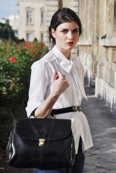 what to wear to work in France