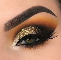Pageant and Prom Makeup Inspiration. Find more beautiful makeup looks with Pageant Planet. Pageant and Prom Makeup Inspiration. Find more beautiful makeup looks with Pageant Planet. Dramatic Wedding Makeup, Dramatic Eye Makeup, Beautiful Eye Makeup, Colorful Eye Makeup, Dramatic Eyes, Makeup For Green Eyes, Smokey Eye Makeup, Eyeshadow Makeup, Gold Smokey Eye