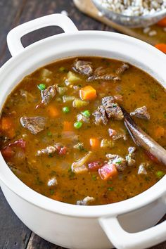 comforting beef barley soup, filled with lots of vegetables, is the perfect meal—it's deliciously cozy and hearty! Beef Soup Recipes, Healthy Soup Recipes, Cooking Recipes, Beef Soups, Hamburger Recipes, Slow Cooker Soup, Soup And Sandwich, Soup And Salad, Soups And Stews