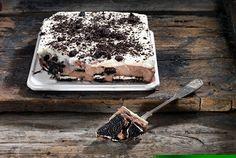 Γλυκό ψυγείου με γεμιστά μπισκότα Greek Recipes, Desert Recipes, Food Categories, Party Desserts, Cake Recipes, Deserts, Ice Cream, Sweets, Dishes