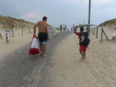Allez petit cousin surfayre, on y va ! #beach #surfspots des #Bourdaines, #Seignosse, #Landes, #Gascogne, Océan Atlantique