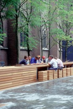 Burro Lubbers-landscape architecture Chorstraat. Love the outdoor seating in this atrium in the Netherlands.