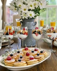 Olga ofelia on looking for easy to make additions for your easter brunch yogurt parfaits and mini pancakes look so pretty and colorful for our how to throw an easter brunch 5 step guide Easter Recipes, Brunch Recipes, Chef Recipes, Café Brunch, Brunch Food, Brunch Party Decorations, Mini Pancakes, Birthday Brunch, Mothers Day Brunch