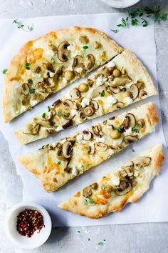Food Processor Pizza Dough (New York Style). Plus, the truffled mushroo… Food Processor Pizza Dough (New York Style). Plus, the truffled mushroom pizza of your dreams. Wheat Pizza Dough, Whole Wheat Pizza, Food Processor Pizza Dough, Food Processor Recipes, Mushroom Pizza Recipes, Pita Pizzas, Toast, Healthy Pizza, Bakken