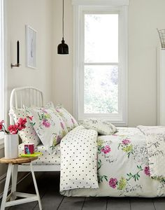 Duvetbuck Grey Floral Buckingham Floral Duvet Cover | Joules UK