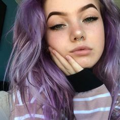 Photo shared by Alternative Photos on March 2020 tagging .ygsYou can find Emo hair and more on our website.Photo shared by Alternative Photos on . Girl With Purple Hair, Pastel Purple Hair, Percing Septum, Pretty Hairstyles, Girl Hairstyles, Hair Inspo, Hair Inspiration, Short Grunge Hair, Aesthetic Hair