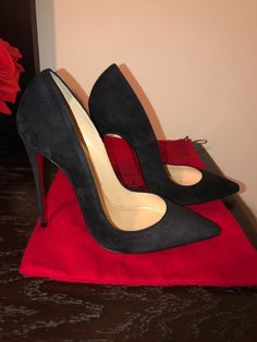 Authentic Christian Louboutin So Kate Suede Size They are brand new! The soles have scratching from being tried on. Feel free to ask for more pics. No box dust bags only. Christian Louboutin Red Bottoms, Red Louboutin, Christian Louboutin So Kate, Black High Heels, Black Shoes, Mode Niqab, Sexy Heels, Beautiful Shoes, Shoe Collection