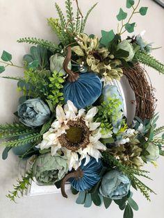 Thanksgiving Wreaths, Fall Wreaths, Door Wreaths, Grapevine Wreath, Green Wreath, Floral Wreath, Happy Fall, Flower Arrangements, Centerpieces
