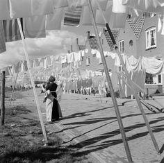 laundry_lines_Volendam.jpg