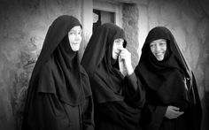 Nun Catholic, Religion, Exterior Colors, Art Boards, Angel, Memes, Places, Photos, Catholic