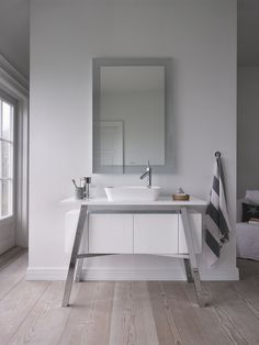 Wall-mounted bathroom mirror with integrated lighting CAPE COD - @duravit