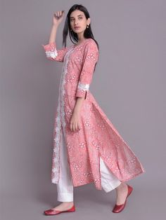 Peach Hand Block Printed Cotton Kurta with White Pants- Set of 2 Simple Kurta Designs, Kurta Designs Women, Simple Pakistani Dresses, Pakistani Dress Design, Sleeves Designs For Dresses, Dress Neck Designs, Kalamkari Dresses, Kurti Embroidery Design, Kurta Neck Design