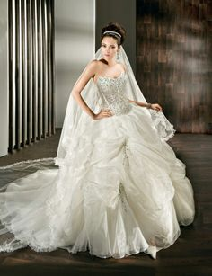 Finding the one—the perfect wedding dress—is where it all starts! Everything you need to know about wedding dress shopping is at your fingertips right here. Wedding Dress Pictures, Fall Wedding Dresses, Colored Wedding Dresses, Perfect Wedding Dress, Cheap Wedding Dress, Wedding Dress Styles, Designer Wedding Dresses, Wedding Gowns, Wedding Cake