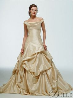 I love the idea of dress inspired by Belle.. She is one of my favorites ;)