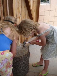 Hammering on a tree stump I did this in my own classroom and used ribbons and p. Hammering on a tr Teaching Kids, Kids Learning, Reggio Inspired Classrooms, Outdoor Play Spaces, Outdoor Classroom, Outdoor Learning, Forest School, Toddler Fun, Learning Through Play