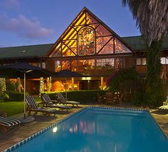 Hotel & Lodges in the The Garden Route - South Africa. Explore Africa and enjoy a luxury safari holiday. Log Inn, Safari Holidays, Knysna, Adventure Activities, Smoking Room, Good Night Sleep, Lodges, Hotel Offers, South Africa