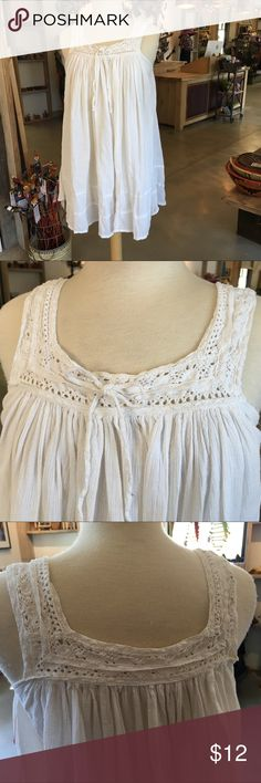 Papaya - flowy boho top Papaya - flowy boho gauzy dress top. Practically new.  Looks great with no stains or flaws. Perfect as a short dress, too, or even a beach coverup!  100% cotton. Cute crochet embellishments too! Papaya Tops