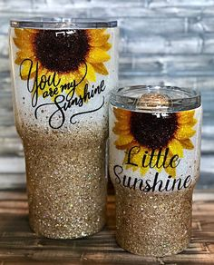 Sunflower chunky glitter Tumbler by Kim Larsen Designs. Made with real loose glitter and clear coat sealed for a glass like smooth finish. Order now! Home Design, Cup Design, Vinyl Tumblers, Custom Tumblers, Personalized Tumblers, Glitter Cups, Loose Glitter, Glitter Tumblers, Tumblr Cup