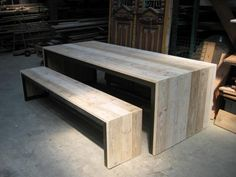 table from Schijf (i could totally make this)
