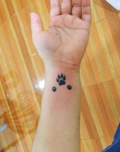 Wolf Paw Tattoos, Lupus Tattoo, Javi Wolf, Teacup Chihuahua Puppies, Tattoos For Dog Lovers, Brain And Heart, Tattoo Stencils, Dog Paws, Small Tattoos