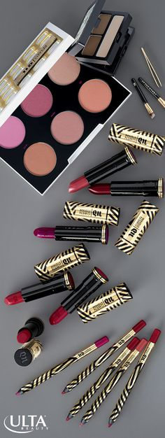 Have you ever wanted killer brows, cheeks & lips like Gwen Stefani? Her must-have collection from Urban Decay at Ulta Beauty will have you looking just as gorgeous as Gwen with lipsticks, lip liners, brow kits & cheek palettes designed by the rocker herself.