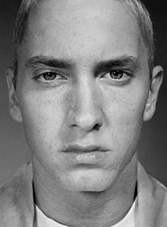 Young Eminem look at how perfect he is. Jesus. From an artist's eye, he is just gorgeous.
