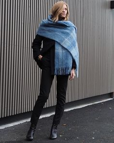Wraps  @holzweiler_  #thefashioneaters #fashionblogger #ootd #wiw #instadaily #blogger #strikeapose