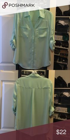 Express Convertible Sleeve Top. In mint green 🌿 Express Convertible Sleeve Top. In Mint Green.  🌿 Delicately used. No stains. You can machine wash in delicate w/cold water, but dry cleaning keeps it in new condition.  Light weight. Perfect color for Spring. Express Tops Button Down Shirts