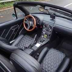 Katzkin premium italian leather miata seat upholstery 1990 for Garage seat belgique