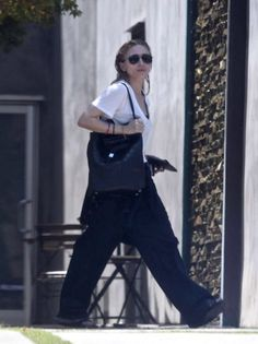 How To Style Wide Leg Pants Like Ashley Olsen