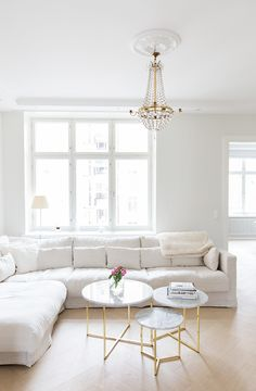 Classic Living Room in white brass marble crystal and pale wood