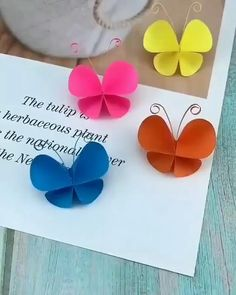 Paper Crafts Origami, Origami Art, Diy Paper, Origami Butterfly, Paper Butterfly Crafts, Diy Butterfly Decorations, Paper Bows, Butterfly Wall Art, Oragami