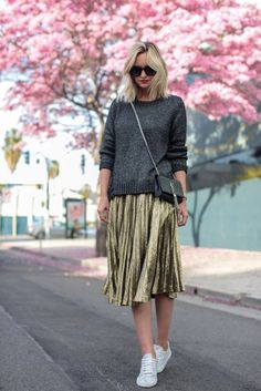 Grey sweater+golden pleated skirt+white sneakers+grey chain shoulder bag+sunglasses. Fall Casual Outfit 2017