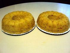 MICROWAVE MIELIE BREAD Microwave Baking, Microwave Recipes, Bread Recipes, Cooking Recipes, South African Recipes, Bread Rolls, Something Sweet, Bagel, Baked Goods