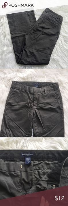 Banana Republic Dark Grey Pants Cute and classic pants from Banana Republic size 6 regular.  Item is in excellent used condition with no known flaws! Please check out my other listings as I do offer a bundle discount, I love offers! Banana Republic Pants Boot Cut & Flare