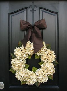 Hydrangea Wreaths,Wedding Decor, Wedding Wreaths, Champagne, Spring Hydrangeas, Chocolate,Front Door Wreath, JANUARY Wreaths, Gold Ribbon  The perfect wreath for your wedding venue doors this season!! These beautiful, chic and modern hydrangea wreaths will fit and wedding decor style:)  Because each wreath is custom created(as all my wreaths are), this particular one generally runs between 19-20 in diameter and 5-6 deep.  I offer several sizes for this particular wreath:  6 Hydrangea, 16-17…