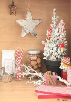 candy stripe themed kitchen