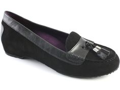 Love this loafer for plantar fasciitis pain