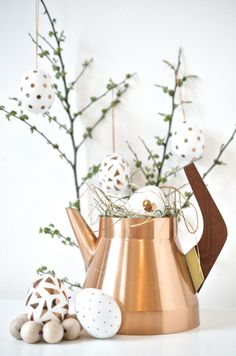 Last Minute Osterdeko mit Kupferkonfetti (DIY) Lets Celebrate, Last Minute, Easter, Spring, Inspiration, Nature Inspired, Form, Home Decor, Decorations