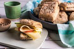 Eltefrie frokostbriks Baking Recipes, Cake Recipes, Bread Baking, Bagel, Flora, Cooking Recipes, Bread Making, Bakery Recipes