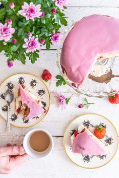 Something Sweet, Candies, Delicious Food, Sugar, Plates, Baking, Tableware, Desserts, Ideas
