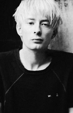 Thom Yorke // Photo by Kevin Cummins,1994