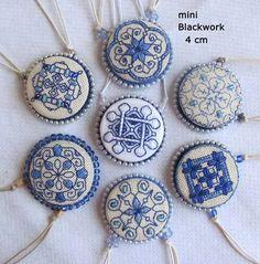 Medallones por Rosa Sirota