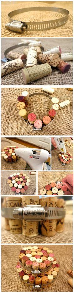 DIY Wine Cork Hot Pads - 2beesinapod.com - Salvamanteles reciclando corcho