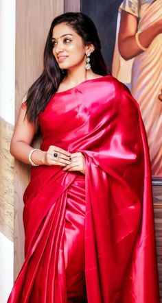Bollywood Girls, Tamil Girls, Dehati Girl Photo, Saree Models, Latest African Fashion Dresses, Gowns Of Elegance, Most Beautiful Indian Actress, Sexy Dresses, Satin Dresses